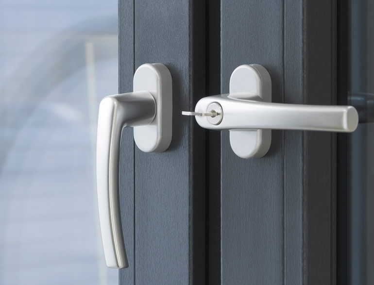 PVC para portas, janelas e marquises